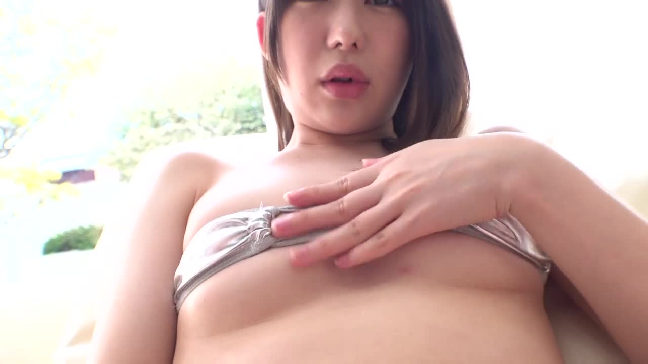 長谷川アン 表参道おしゃれカフェ巨乳店員デビュー 13