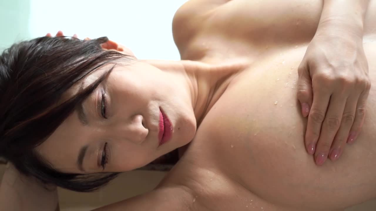 沢地優佳 Legend~桜影~ 10