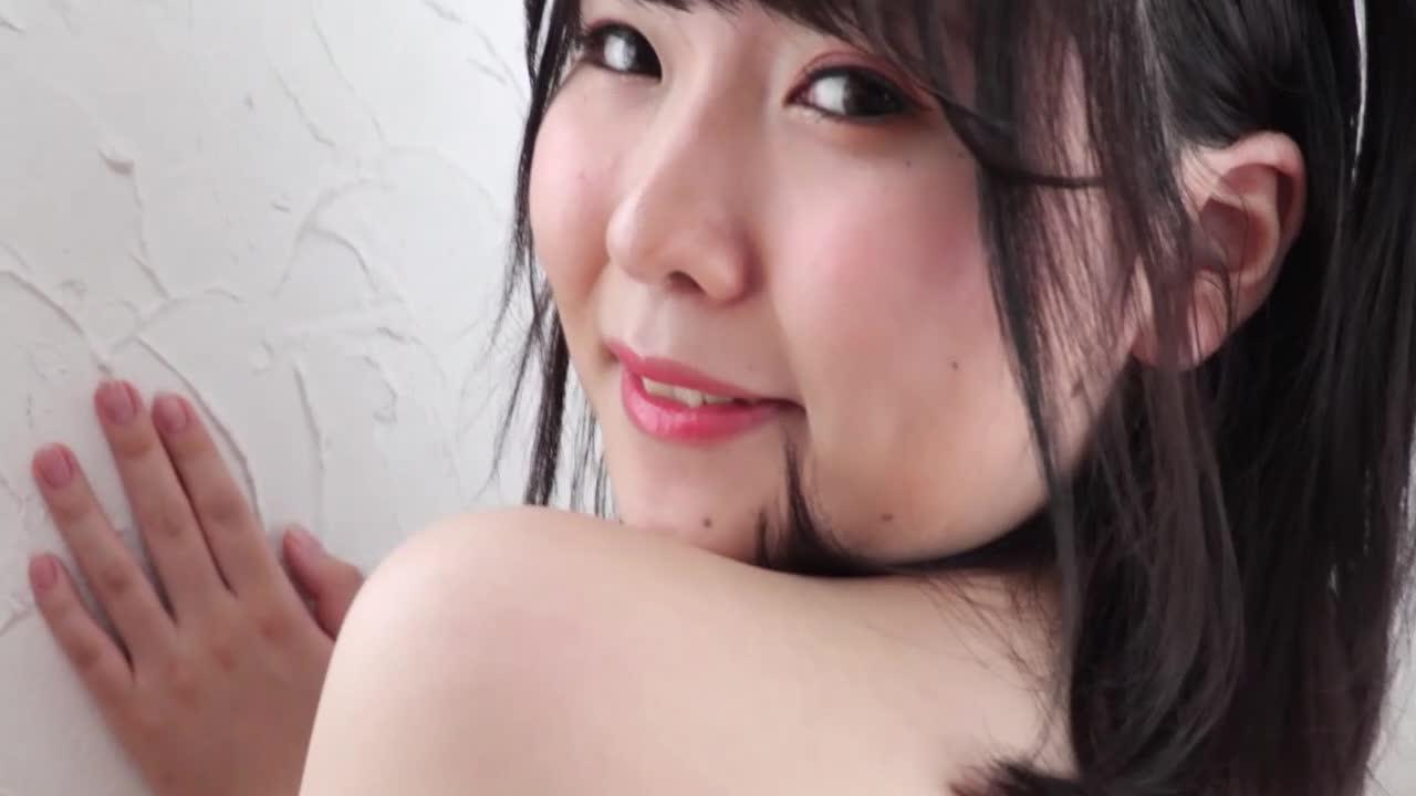 会社に内緒で出演!見られたいイン○タ女子着エロデビュー!/桜田詩織 1