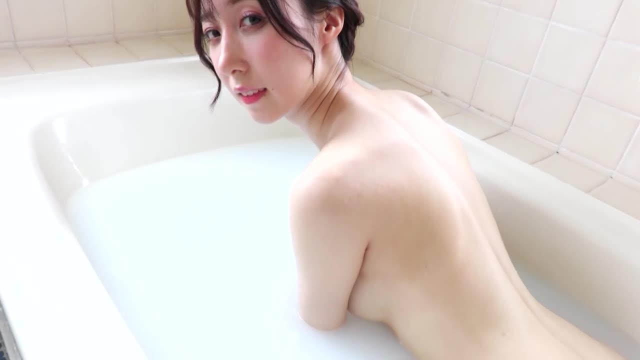 六本木で働く外資系企業OL着エロデビュー!/泰原京香 13