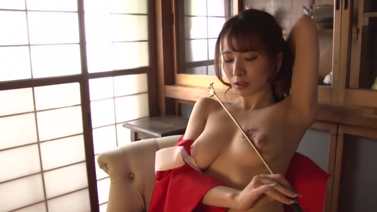 Nostalgic Nude ~端麗美女の裸体~/園田みおん 16
