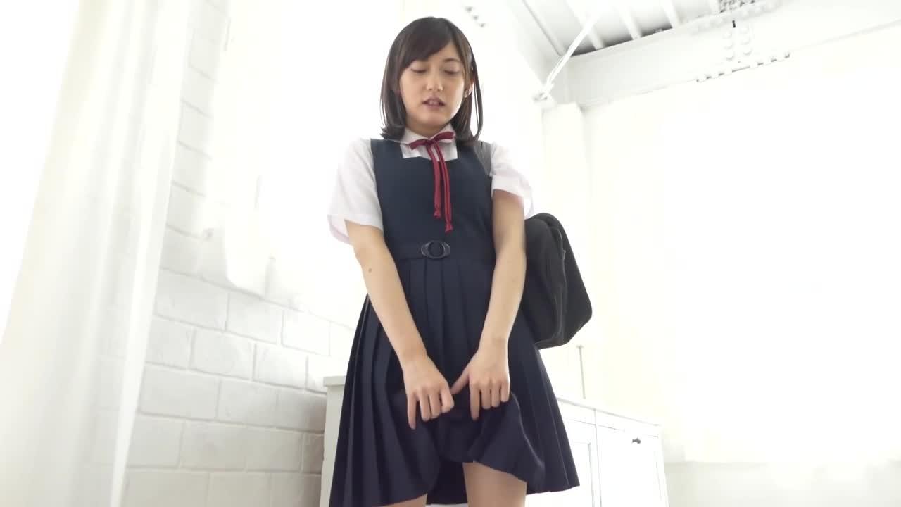 身長148cmEカップ、あどけない美少女です。/咲谷まみ : 咲谷まみ 【LemonUP(レモンアップ)】