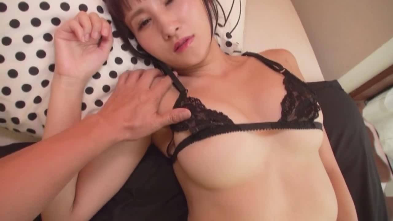 エロティカ/結月里奈 14
