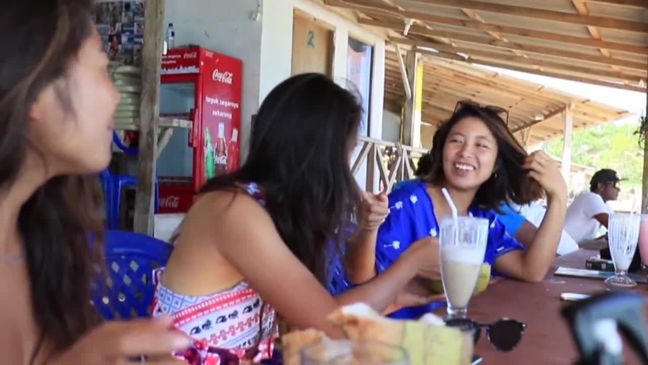 MERMAID SURF TRIP in Bali / 水野亜彩子 高橋みなと 田岡なつみ 1