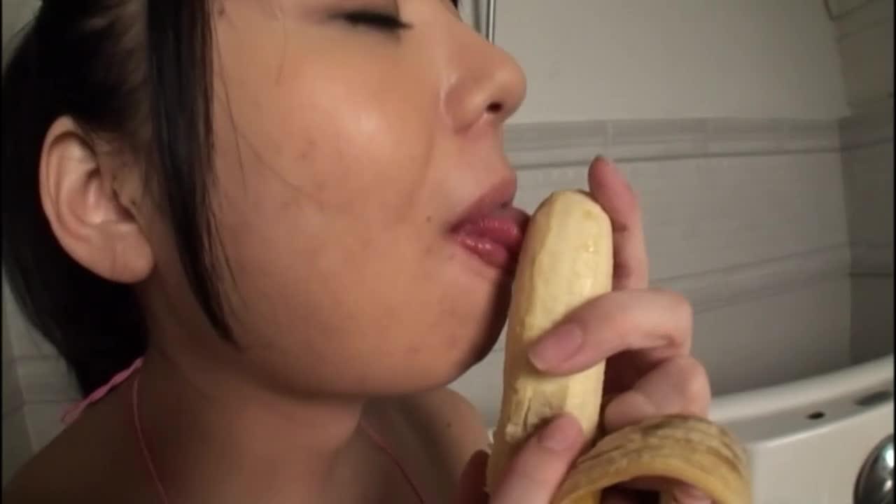 柔肌に食い込む縄の記憶、我慢できないほどの妖艶な桃尻で男を誘う!/大澤ななみ:画像16